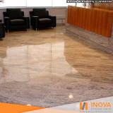 polimento de piso de mármore rústico