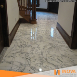 restauração em piso de mármore Jardim Everest